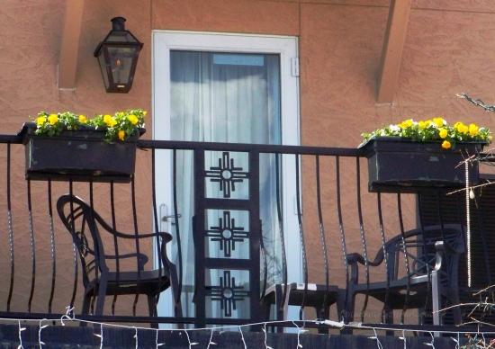 Balcony window-L2H