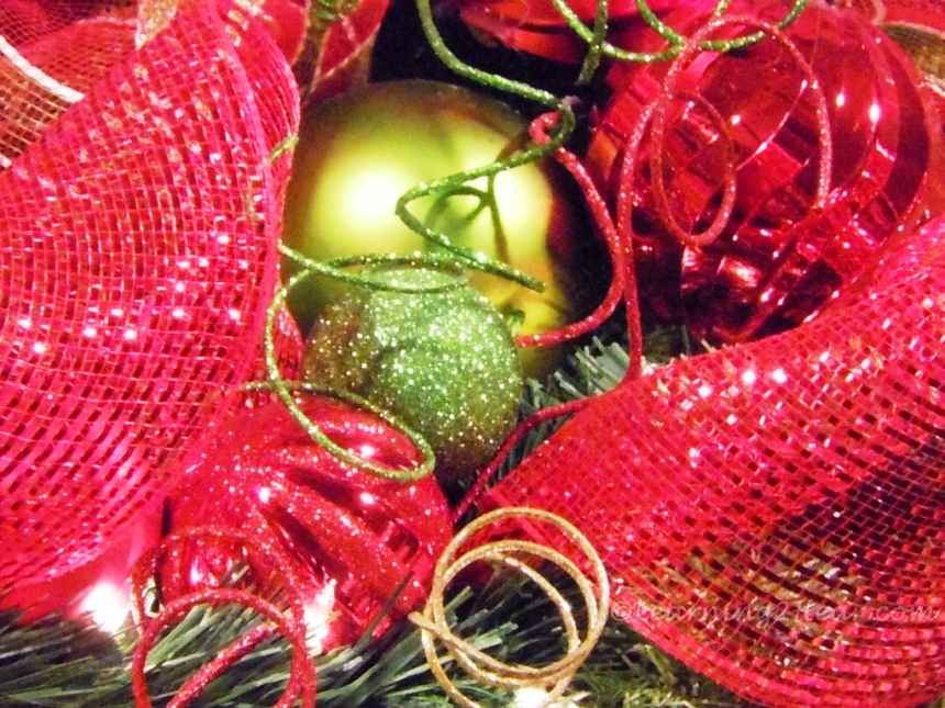 Christmas Bulb Light1